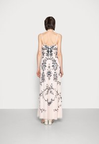Adrianna Papell - BEADED BLOUSON GOWN - Suknia balowa - pale pink - 2