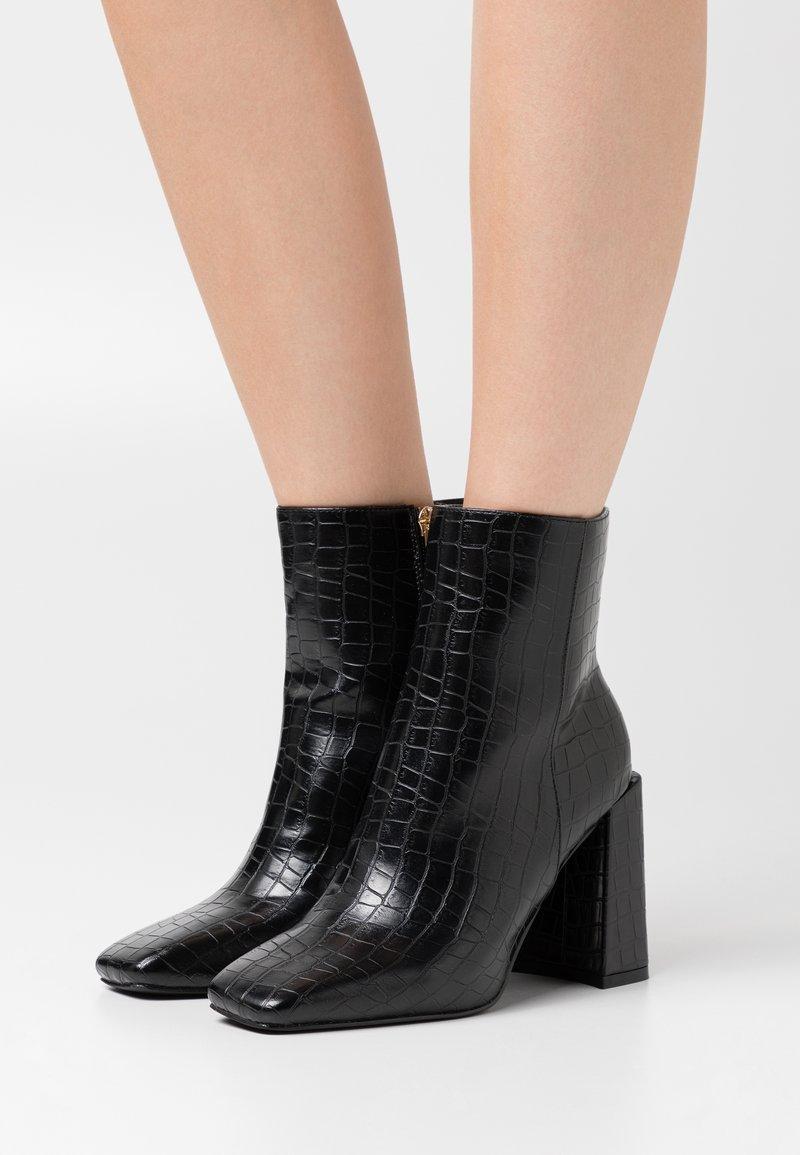 Glamorous Wide Fit - Kotníková obuv na vysokém podpatku - black