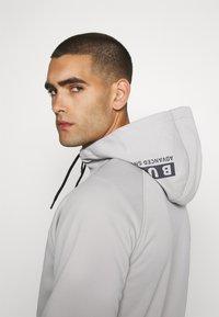 Burton - CROWN - Fleece jacket - iron gray - 4
