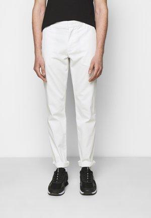 TROUSER - Chino - white