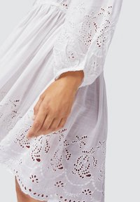 OYSHO - Day dress - white - 4
