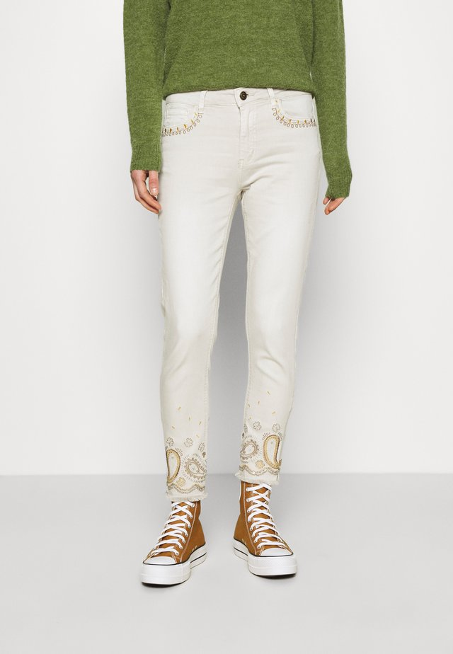 PANT ANKLE PAISLE - Jeans Skinny Fit - white