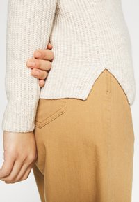 Banana Republic - HIGH NECK  - Jumper - light oatmeal heather - 5