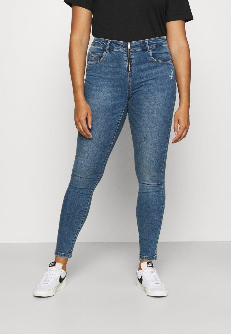 ONLY Carmakoma - CARSALLYLIFE - Jeans Skinny Fit - light blue denim