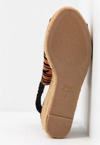 River Island Wide Fit - Højhælede sandaletter / Højhælede sandaler - orange - 6