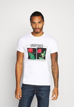 PRINTED  - Print T-shirt - white