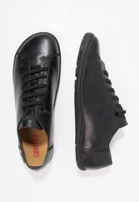 Camper - PEU CAMI - Zapatos con cordones - black - 1