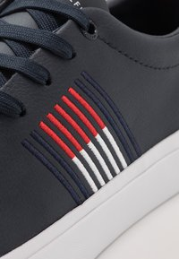 Tommy Hilfiger - CORPORATE  - Sneakers basse - blue - 5