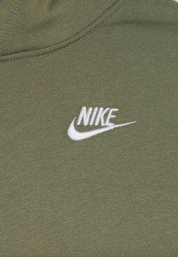Nike Sportswear - HOODIE CLUB - Hoodie - medium olive/white - 3