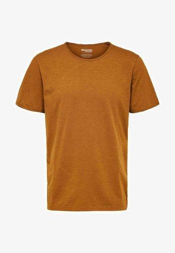 SLHMORGAN O-NECK TEE - Basic T-shirt - monks robe