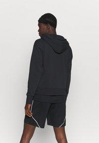 Nike Performance - STANDARD ISSUE HOODIE - Sweatjakke - black/pale ivory - 2