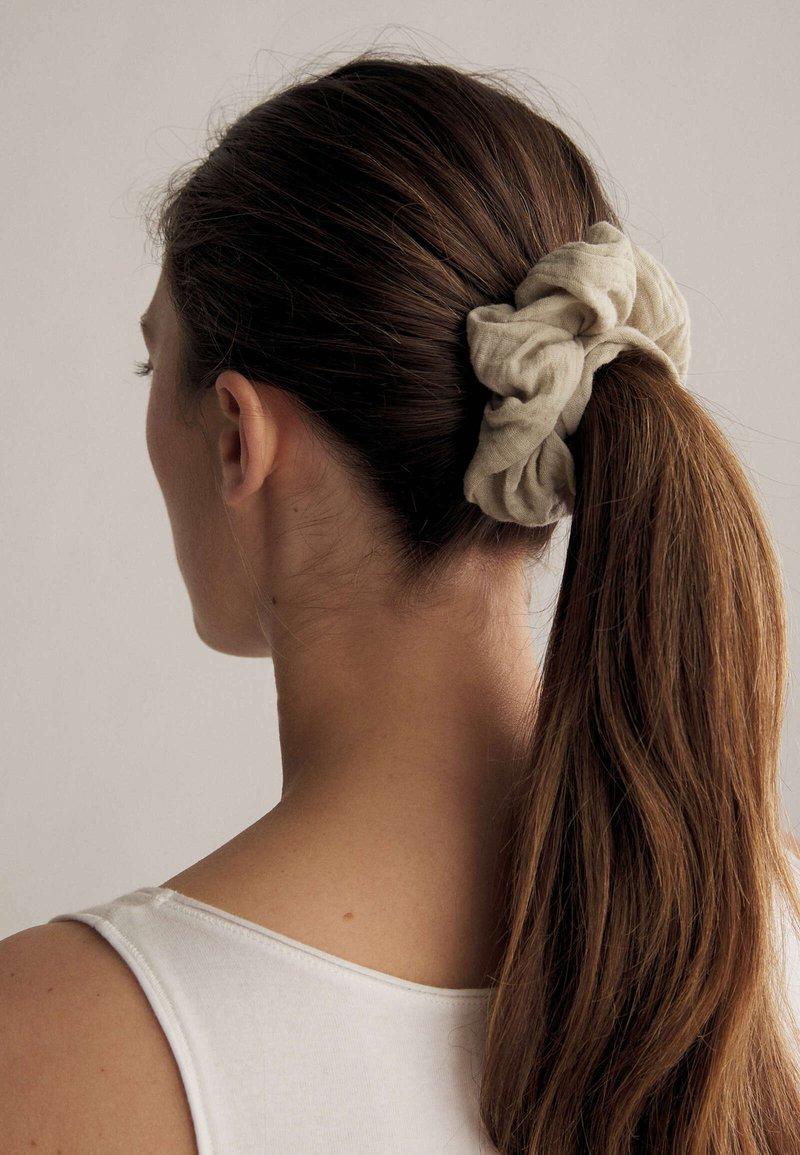 OYSHO - Hair Styling Accessory - grey