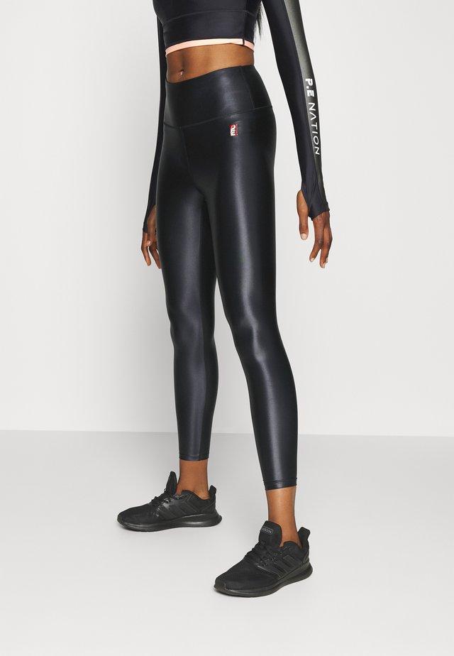 ROUND UP LEGGING - Tights - black
