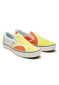 Vans - UA ComfyCush Slip-On SM - Slip-ons - (penn) yellow/orange - 3