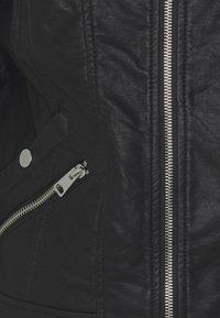 Vero Moda Tall - VMKHLOE FAVO  - Veste en similicuir - black - 6