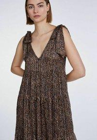 SET - Maxi dress - dark brown camel - 4