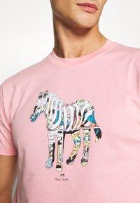 PS Paul Smith - SLIM FIT ZEBRA UNISEX - Print T-shirt - pink - 5