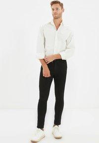 Trendyol - Jean slim - black - 1