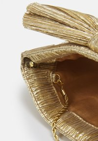Loeffler Randall - RAYNE - Psaníčko - gold-coloured - 4