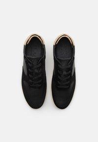 Clae - MALONE - Sneakersy niskie - black - 3
