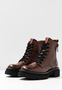 Kennel + Schmenger - BOBBY - Platform ankle boots - cognac - 4