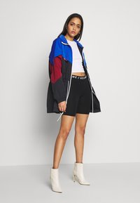 Nike Sportswear - TRACK - Parka - game royal - 1