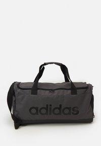 adidas Performance - LINEAR DUFFEL M UNISEX - Sportovní taška - grey/black - 0