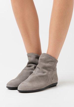 Korte laarzen - gris