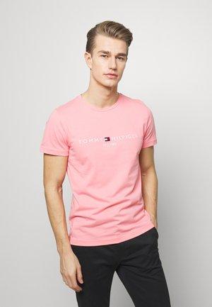 LOGO TEE - T-shirt z nadrukiem - pink