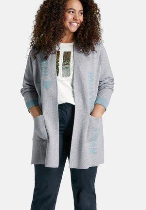 MIT WORDING - Vest - frost grey gemustert