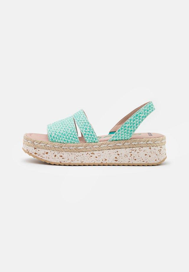 Sandały na platformie - coralus bermuda