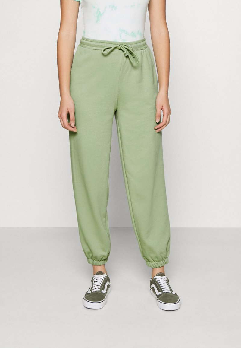 NA-KD - DRAWSTRING  - Tracksuit bottoms - green