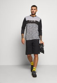 ION - TEE SCRUB - Sports shirt - black - 1