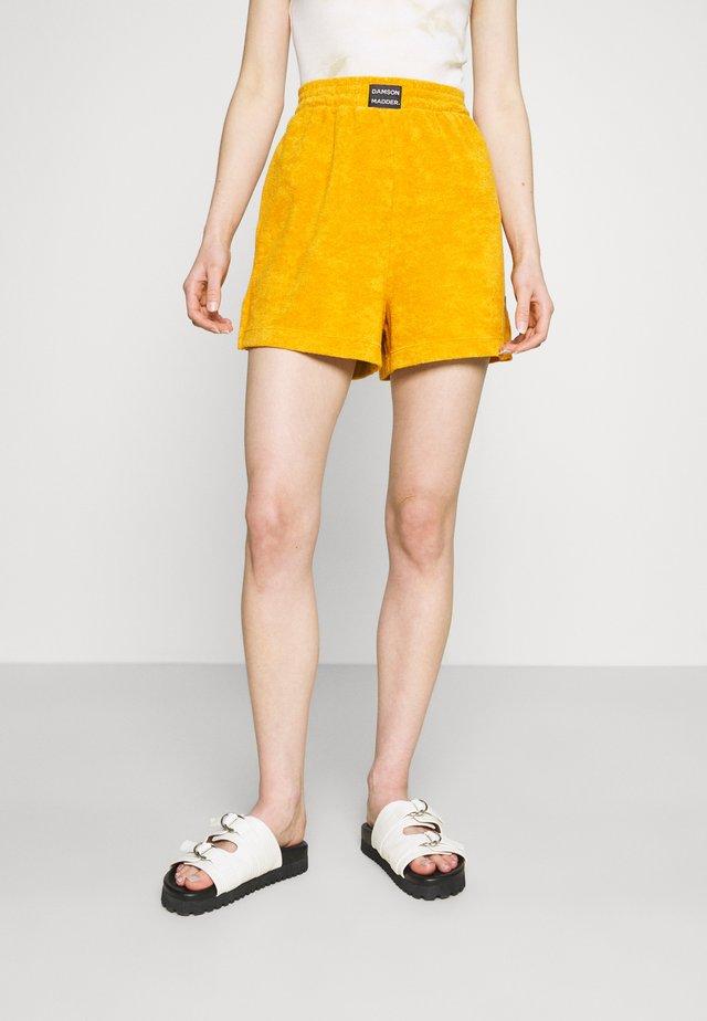 TOWELLING - Shorts - orange