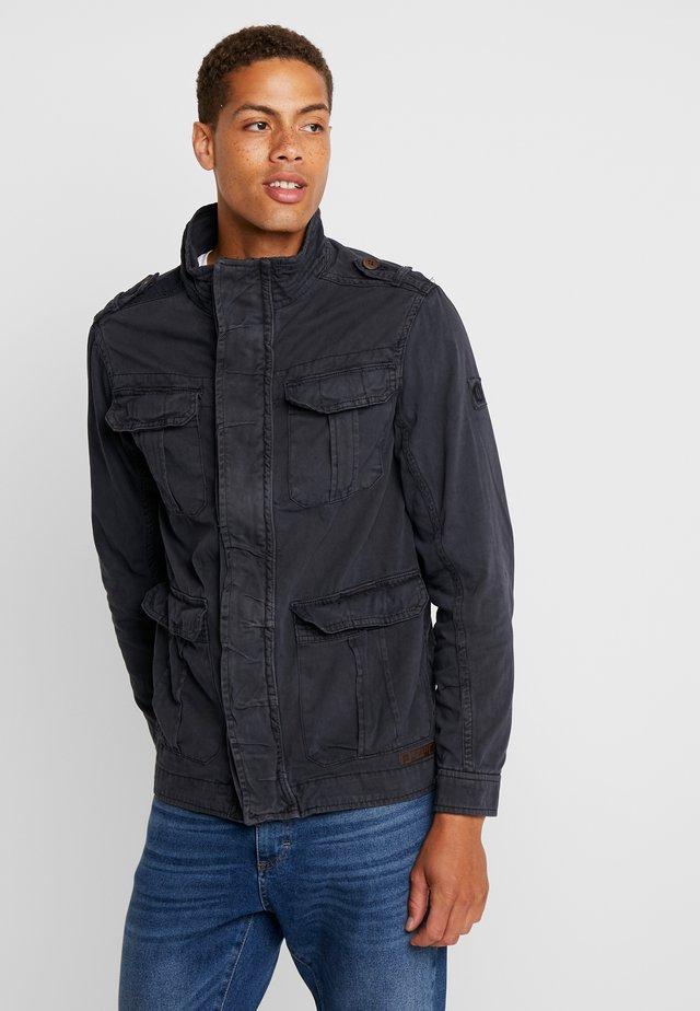 HUCKLE - Summer jacket - navy