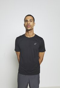 ASICS - RACE - T-shirts print - performance black - 3
