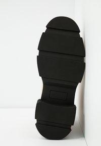 Glamorous Wide Fit - Kotníkové boty na platformě - tan - 6