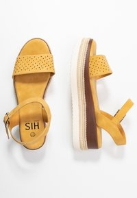 H.I.S - Sandály na platformě - yellow - 3