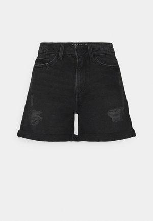 NMSMILEY DESROY - Shorts vaqueros - black denim