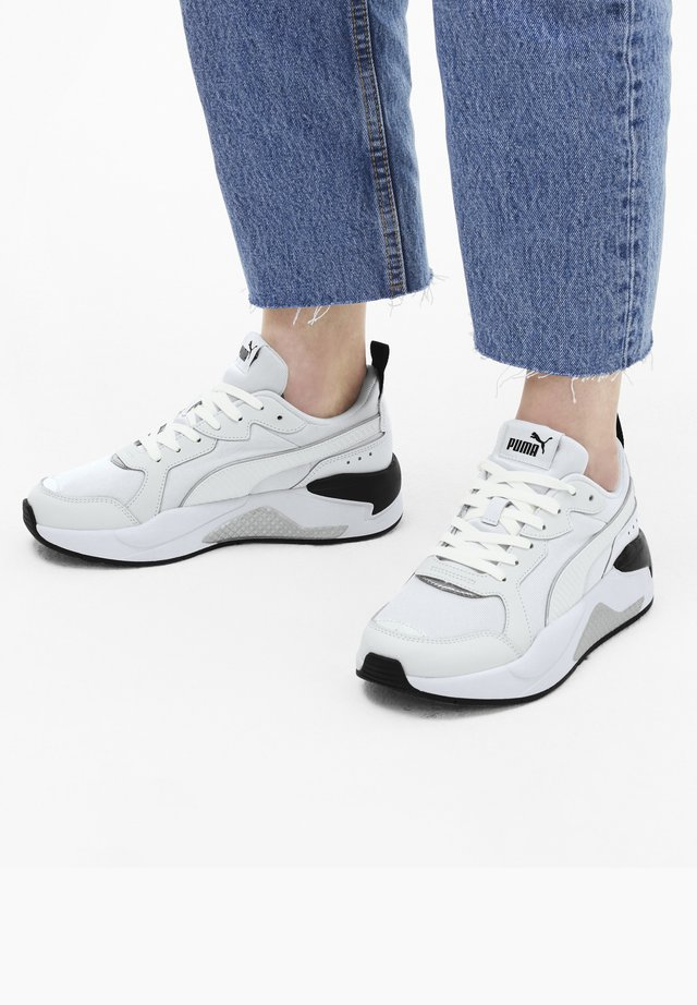 X-Ray Patent - Sports shoes - puma white-white-puma black