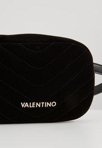 Valentino by Mario Valentino - CARILLON - Rumpetaske - nero - 5
