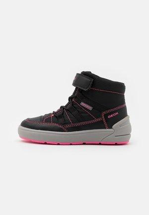 SLEIGH GIRL ABX - Winter boots - black/fluo fuchsia