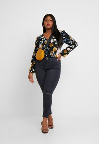 Glamorous Curve - ORIENTAL FLORAL WRAP BODYSUIT - Bluser - multi-coloured - 1