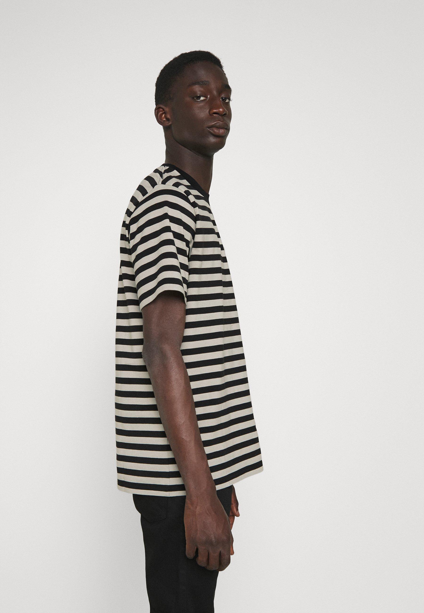 Men SCOTTY POCKET  - Print T-shirt