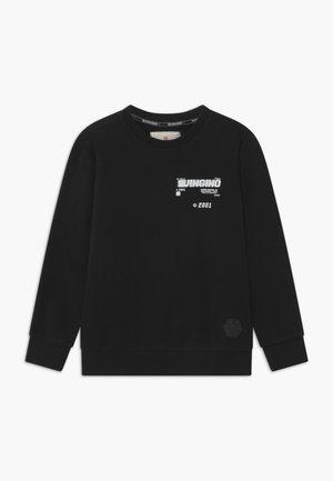 NIRT - Sweater - deep black