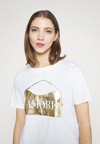 River Island - T-shirt con stampa - white - 3