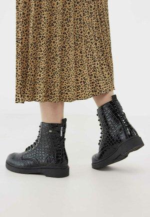 Korte laarzen - black croco