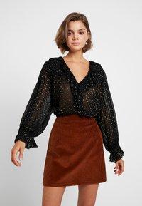 Leon & Harper - CHAMPETRE DOTS - Button-down blouse - black iris - 0