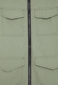 Abercrombie & Fitch - FIELD JACKET - Winter coat - green - 2