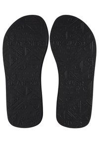 Quiksilver - MOLOKAI LAYBACK  - T-bar sandals - black/blue/blue - 3